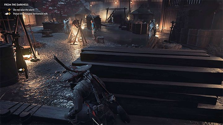 Gehen Sie von links um das Hauptlager herum und versuchen Sie, im Schatten zu bleiben - Ghost of Tsushima: Aus der Dunkelheit, Videoanleitung - Akt 2 - Ghost of Tsushima-Anleitung, Walkthrough
