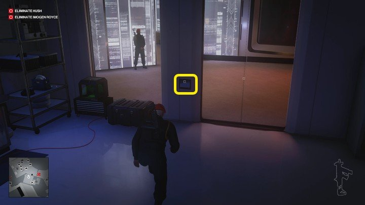 Exit the shaft and approach the control panel by the door - activate it to black out the windows, just in case - Hitman 3: Imogen Royce - how to kill her? Chongqing, China, walkthrough guide - End Of An Era - Chongqing - Hitman 3 Guide