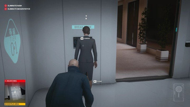 After a moment a woman will come out into the corridor - attack her from behind, stun her and hide her body in the closet in the room you left - Hitman 3: Imogen Royce - how to kill her? Chongqing, China, walkthrough guide - End Of An Era - Chongqing - Hitman 3 Guide