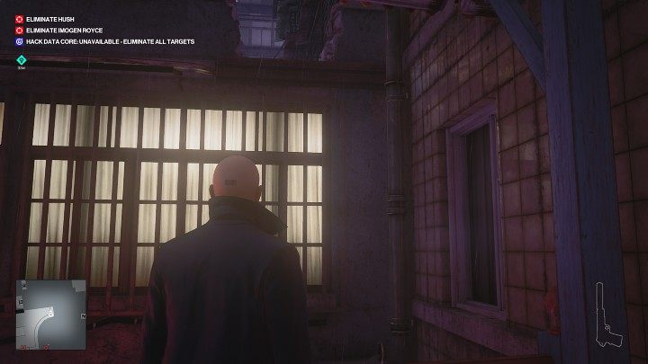 Go to the end of the balcony, then jump over the railing and climb up the gutter to the upper floor of the neighboring building - Hitman 3: Imogen Royce - how to kill her? Chongqing, China, walkthrough guide - End Of An Era - Chongqing - Hitman 3 Guide