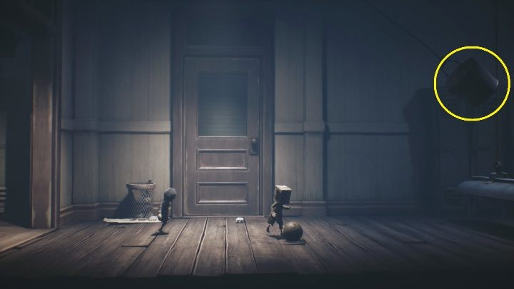 You can get hit over the head with a bucket right from the start - Little Nightmares 2: School - guide, walkthrough description - Chapter 2 - Orphanage - Little Nightmares 2 Guide