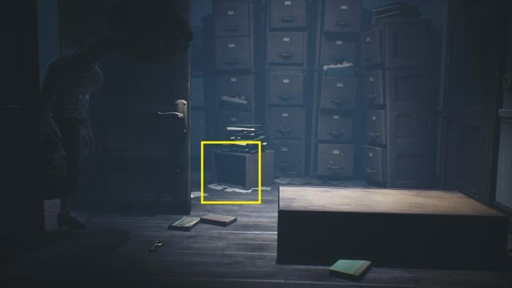 If you want to hide from it, you have to run into a cardboard box lying by the file shelves - Little Nightmares 2: School - guide, walkthrough description - Chapter 2 - Orphanage - Little Nightmares 2 Guide