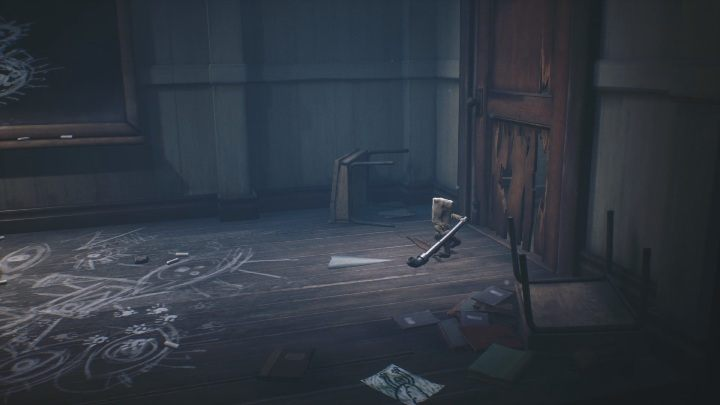 Using the pipe, you have to smash the door to get through further - Little Nightmares 2: School - guide, walkthrough description - Chapter 2 - Orphanage - Little Nightmares 2 Guide