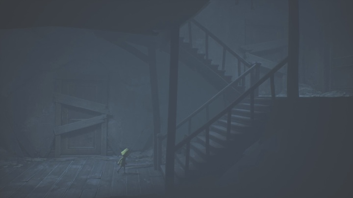 Eventually, you will arrive at a dilapidated stairwell - Little Nightmares 2: Crossing the city - a guide, walkthrough - Chapter 4 - Getting to the Tower - Little Nightmares 2 Guide