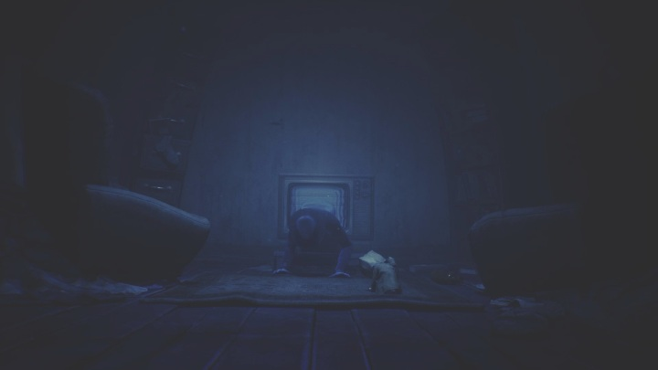 Keep in mind that when you come back out of the screen, the monster will follow after you - Little Nightmares 2: Crossing the city - a guide, walkthrough - Chapter 4 - Getting to the Tower - Little Nightmares 2 Guide